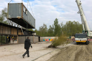 regatta beach-containers verplaatsen
